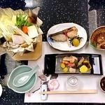 日本料理 雪月花 - コース料理(はじめに並んでいた料理)