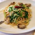 78315306 - カキと水菜のペペロンチーノ