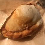 78316225 - 大根と金華ハムのパイ包み焼き