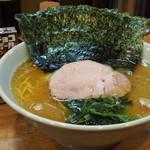 武蔵家 - ラーメン(並、海苔まし)(650円+50円)