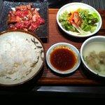 7832452 - 焼肉定食(980円)