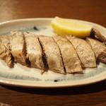 恵比寿 角打ち じんべえ - 鰹の腹皮燻製