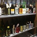チカイチ - たくさん日本酒が揃っています。