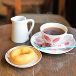 あたりきしゃりき堂 - 料理写真:ドーナツ プレーン、コーヒー