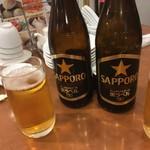 横浜大飯店 - 横浜でサッポロ黒ラベル