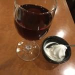 横浜大飯店 - 杏仁ソフトと花彫紹興酒を砂糖抜きで