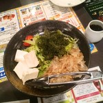 沖縄食堂 てぃーだかんかん - 海ぶどうサラダ♡