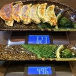 麺屋 五郎蔵 - 「焼き餃子」320円(税込)総重量(実測値)127g。
