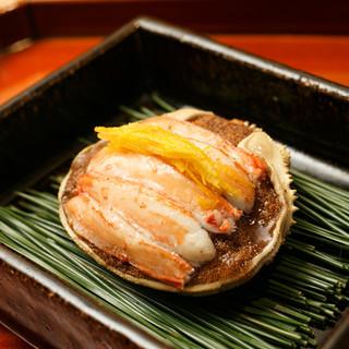 表情豊かな四季を物語る、味わい深く美しい日本料理