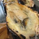 牡蠣屋 - プリプリで海の香りが・・・
