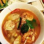 エポック - アジアンスープカレー ちょっと辛めのスープカレーです。最後に焼きおにぎりを入れて。