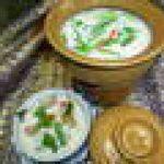 鶏肉とココナッツ入りの辛くて酸っぱいスープ(トムカーガイ)★