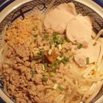 タイの汁なしそば(お米の麺or中華麺)