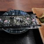 おべんとうのヒライ - 朝食には欠かせない味付け海苔も添えられてました。