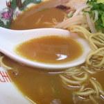 中華そば 遊山 - 2017年12月 スープ