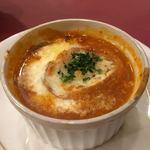 レストラン クレール - トマトのオニオングラタンスープ