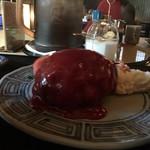 肉のやしろ 青木亭 - 肉塊感たっぷりのハンバーグ