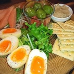 燻製キッチン - 自慢の燻製の盛合せ6種