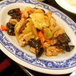 台湾佐記麺線&台湾バル888 - 豚肉とザーサイのオイスター炒め(680円+税)