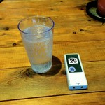 78363619 - 炭酸水。