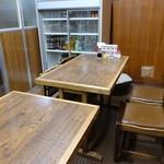 一芳亭 - ☆2階のテーブル席!(^^)!☆