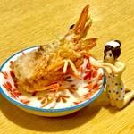 旬花 - お造りの海老の頭部を揚げてくれるサービス(?)もある。