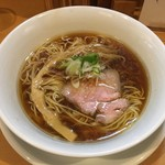 中華そば 大井町 和渦 - 料理写真:「醤油そば」800円