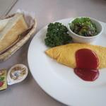 日比谷松本楼 - 料理写真:トーストにオムレツのモーニング