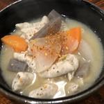 秀寿司 - もつ煮