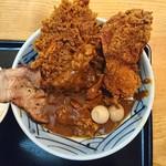 丹行味素 - 2017年12月 メンチカツカレー麺(がっつり) 1090円