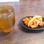 三十二匁 - キムチとジャスミン茶