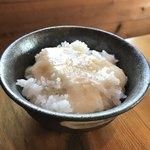 釜炊近江米 銀俵 - おかわりでトロロご飯