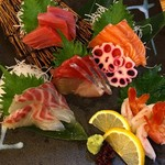 魚輝水産 - 本日の特選鮮魚五種盛り「夢」