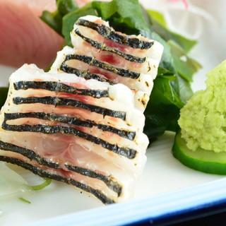 特選・舟盛り定食をはじめ海鮮をお楽しみください。