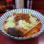 玉蘭 - 極辛担々麺 800円。ゴマの風味と辛さのマッチングがばっちりです。