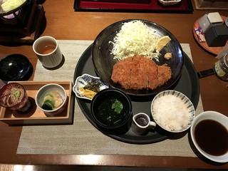 九州の旬 博多廊 福岡本店 - 糸島豚ロース とんかつ膳 1,880円