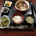 れすとらん 力亭 - ランチ限定!煮込みハンバーグ定食  1,080円