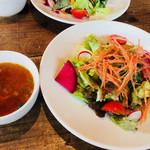 mountee - スープ・サラダ