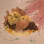 78390196 - フォンティーナのラヴィオリと猪のブラザート