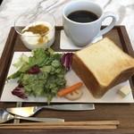 インターセクトバイレクサス - Breakfast set