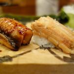 Ginzakyuubee - 鰻、煮穴子