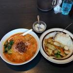 七左食堂 - ランチ(担々麺+中華丼)