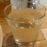 コッカ食堂 - 白ワイン \500