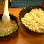 とんこつラーメン博多風龍 - つけ麺