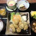 ちどり - 料理写真:カキフライ定食