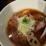 ヌードル カレッジ シロクロ - 「醤油Noodle」(黒トリュフオイル入り)