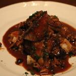 エリタージュ - 牛フィレ肉とフォアグラのロッシーニ風