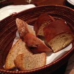 トスカネリア - 自家製パン