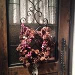 トスカネリア - 入口にはクリスマスリース