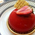 カフェ ド シエル - ミッシェルブランのいちごのムース